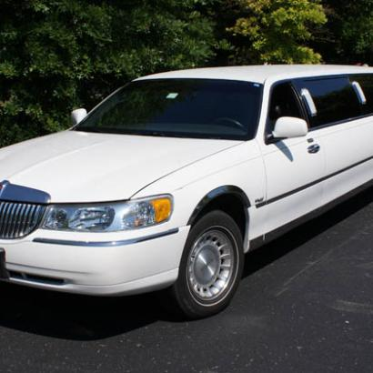 Lincoln Limo for your stag do in Stuttgart